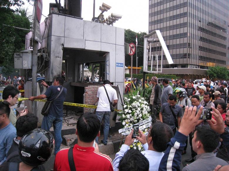 Terrorist Attacks Wikipedia: ISIS Goes Global: The Attacks In Jakarta