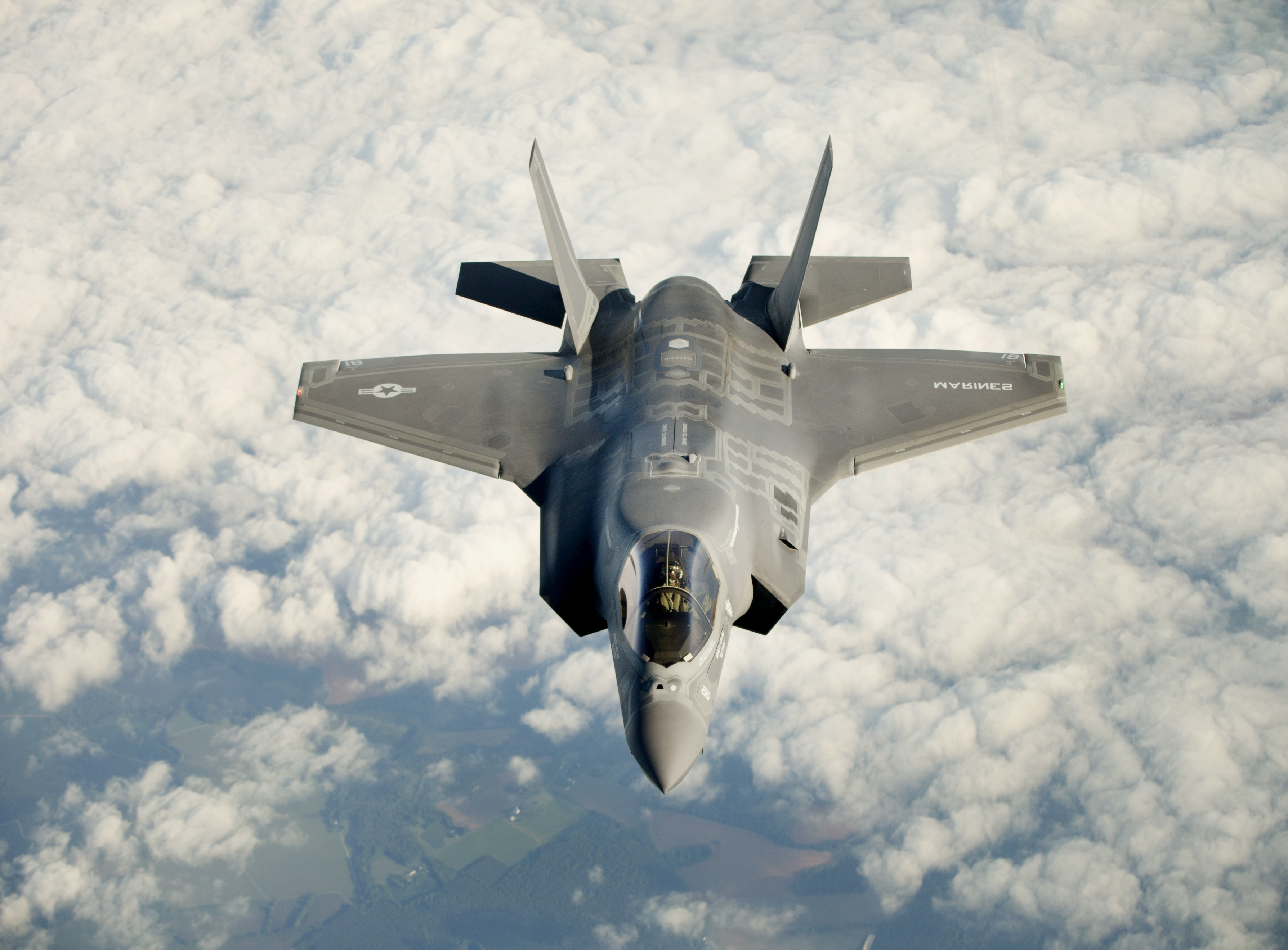 Lockheed Martin F-35 Joint Strike Fighters Are Getting ...