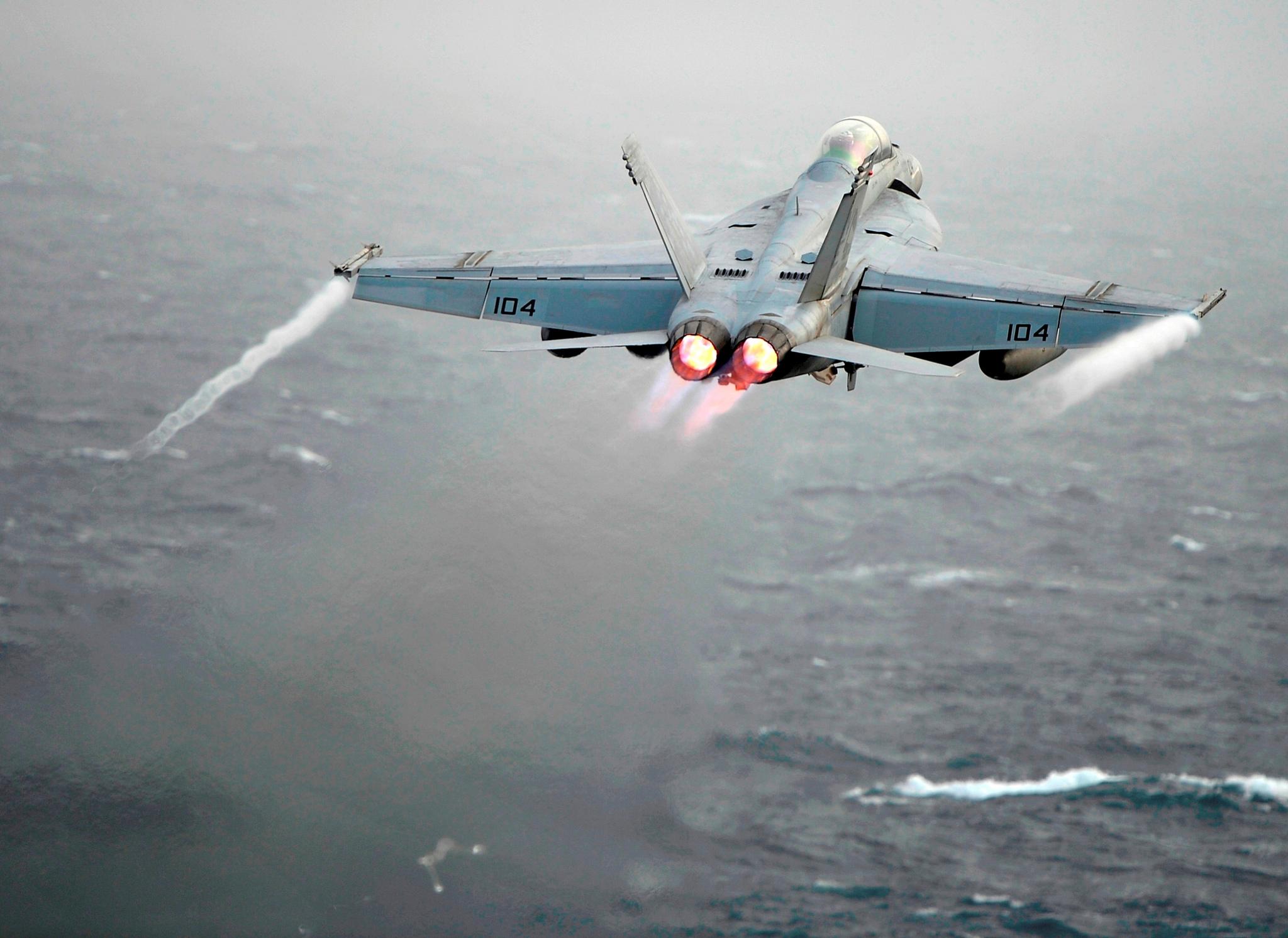 What S Wrong With The U S Navy S Boeing F A 18e F Super