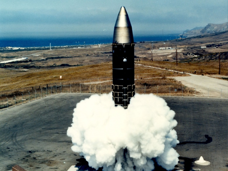 essay on nuclear weapons Nuclear weapons essay - papers and essays at most affordable prices let us help with your master thesis perfectly written and custom academic essays.