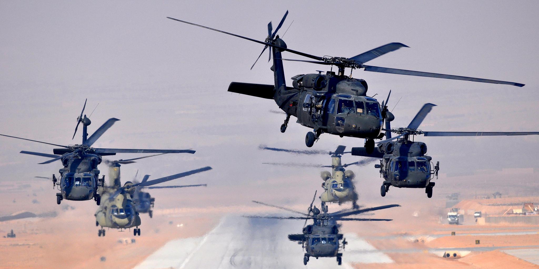 Aerial mission at Multinational Base Tarin Kowt, Afghanistan. Flickr/DVIDSHUB