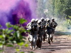 U.S. soldiers take part in the urban fighting drill during the NATO Saber Strike exercise in the Soviet-time former military town near Skrunda, Latvia June 13, 2018. REUTERS/Ints Kalnins