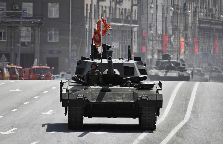Могучий российский Танк Т-14 Армата: Америка должна беспокоиться?