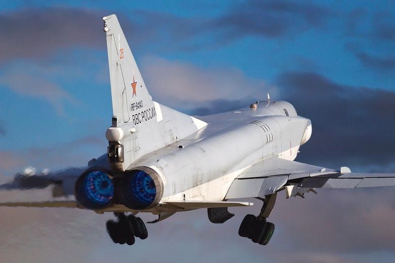 Image: A Russian Air Force Tu-22M3. Photo by Alex Beltyukov, CC BY-SA 3.0.