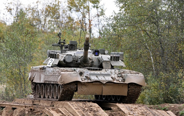 The T-80s future in the Russian Army - Page 7 1280px-4thTankBrigade_-_T-80U_-33