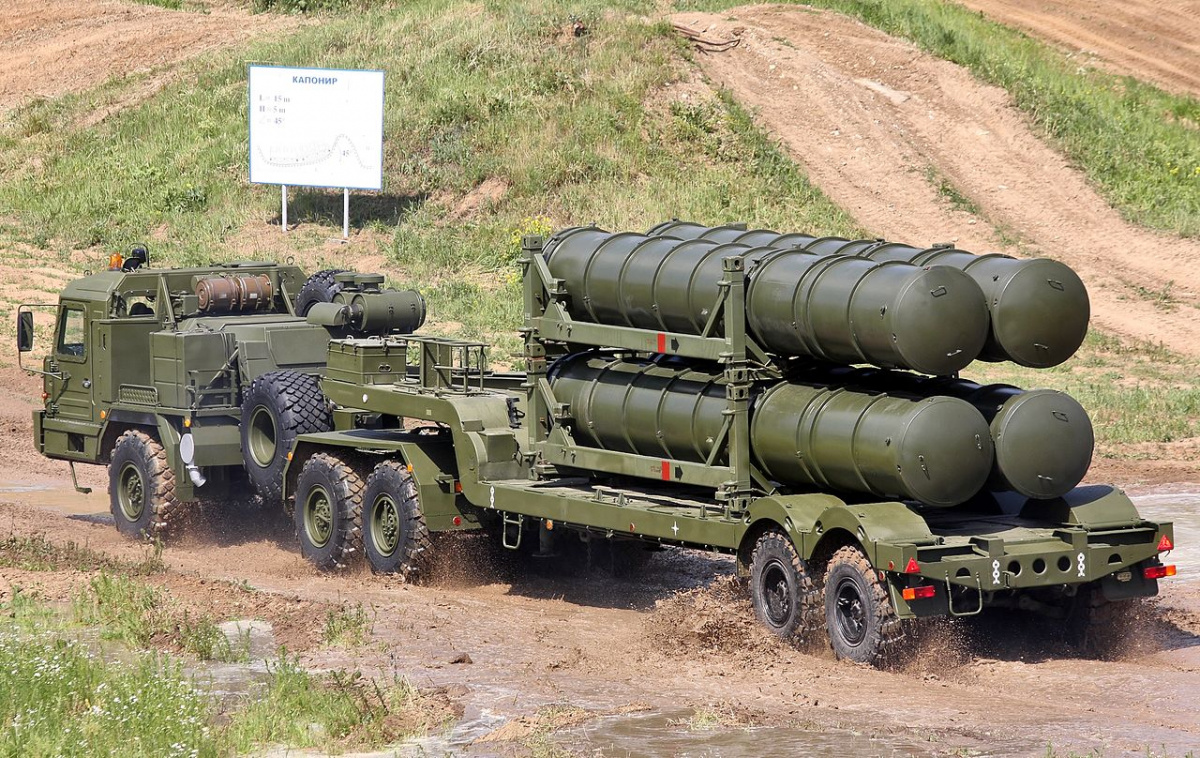 S 300 missile systems vs patriot - Russia S Capitol Is Stacked With Super Powerful S 400 Missile Defense Systems But It S No Shield
