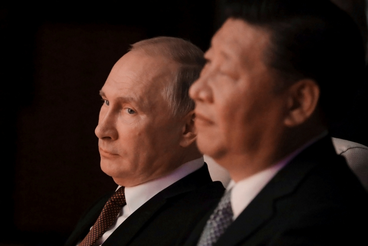 Russian President Vladimir Putin and Chinese President Xi Jinping watch a concert in Xiamen