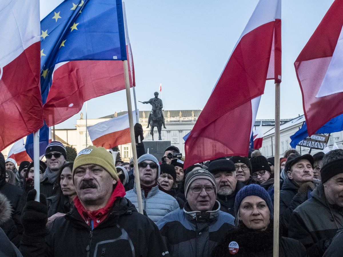 Protesters in Warsaw, January 2016. Flickr/Creative Commons/Grzegorz Żukowski