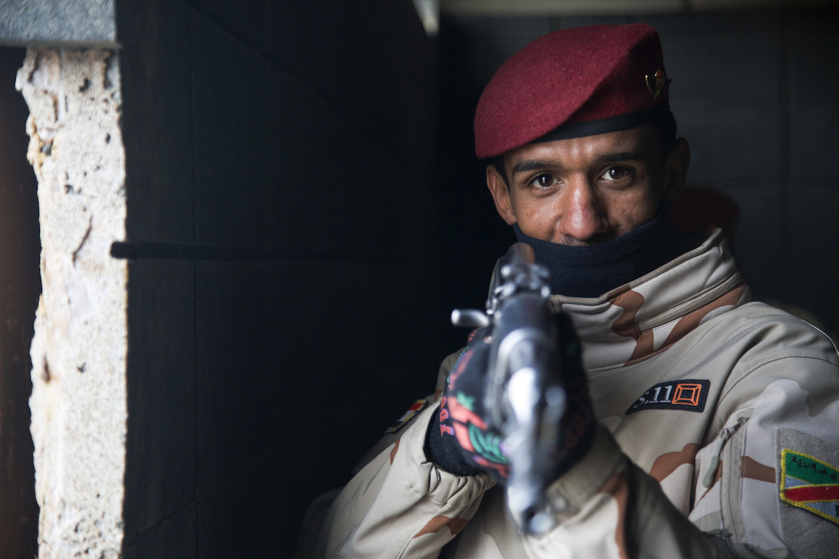 An Iraqi soldier provides security during urban warfare training. DVIDSHUB/Public domain