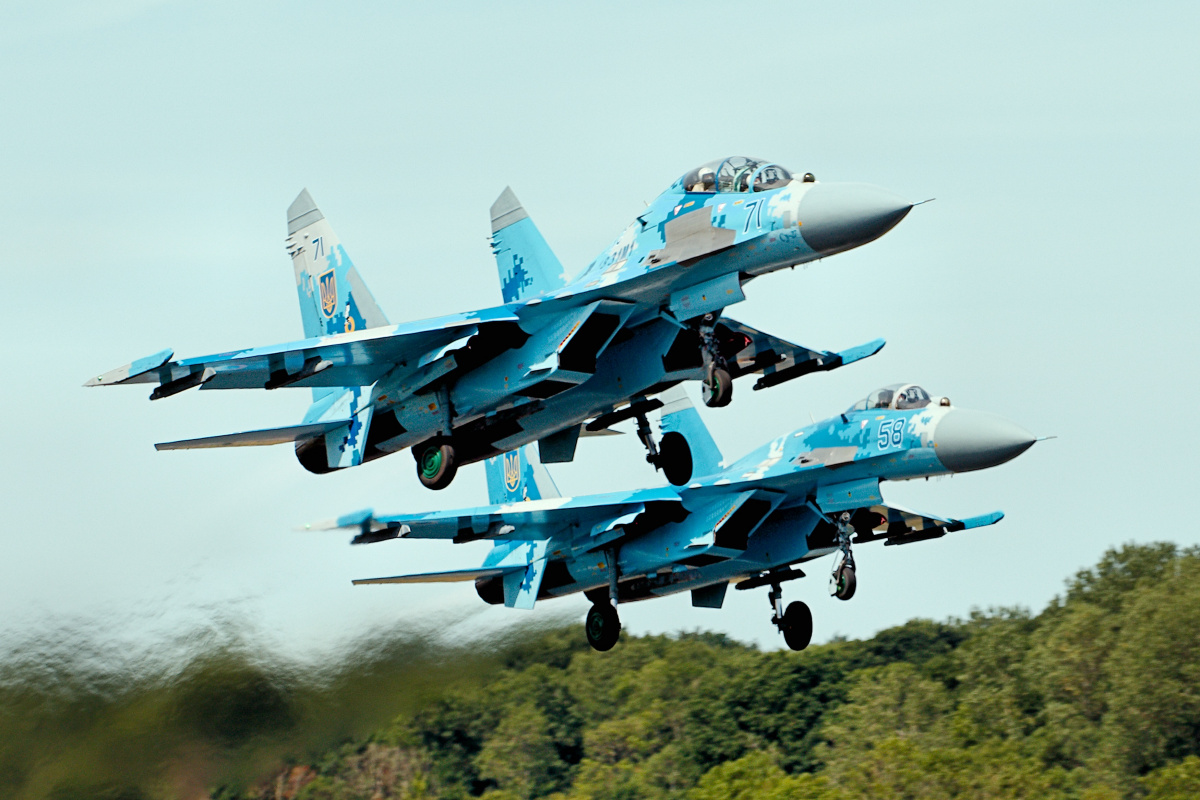 everything you need to know russias lethal su27 fighter