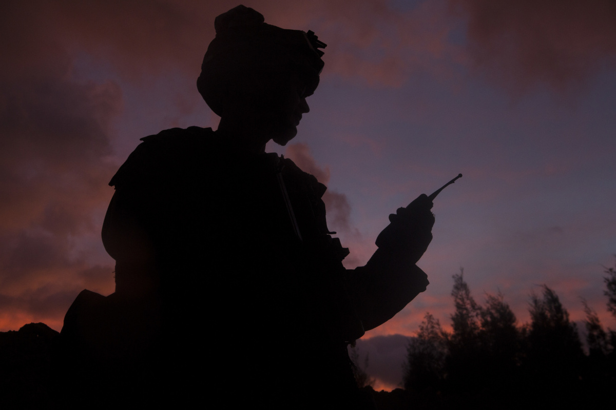 A U.S. Marine with Combat Engineering Company, Combat Assault Battalion (CAB), 3rd Marine Division, III Marine Expeditionary Force uses a radio Sept. 12, 2017, at Camp Hansen, Okinawa, Japan, during CAB Battalion Field Exercise 17.4. Flickr / U.S. Department of Defense