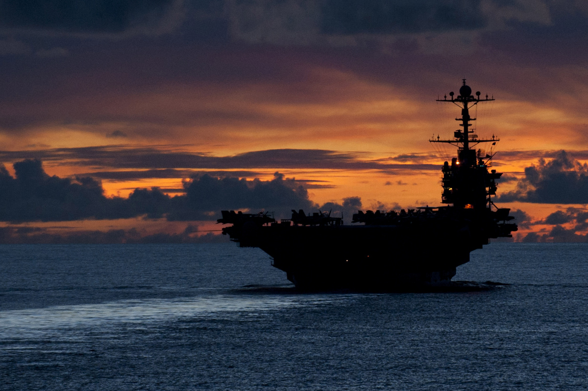 The aircraft carrier USS George Washington (CVN 73) is seen underway in the Pacific Ocean Sept. 8, 2012. George Washington is the centerpiece of Carrier Strike Group Five, the only continuously forward deployed carrier strike group in the U.S. Navy. (DoD photo by Mass Communication Specialist 3rd Class Paul Kelly, U.S. Navy/ Released) / U.S. Department of Defense Flickr