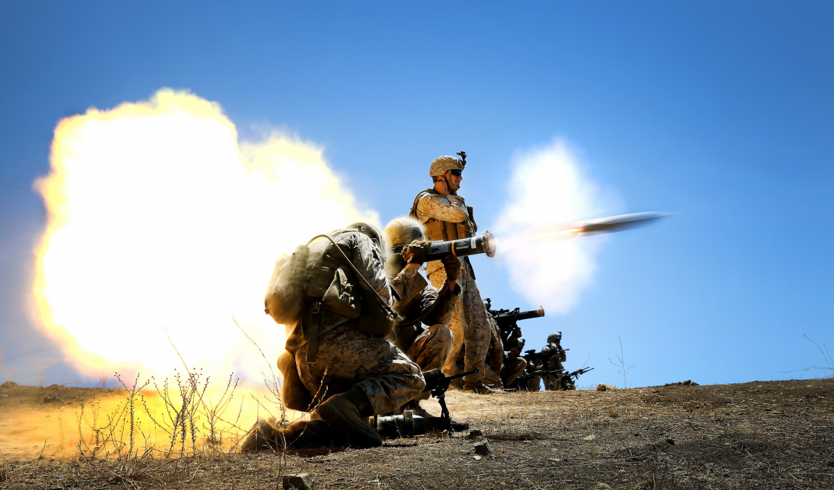 A U.S. Marine engages a target with an AT-4 light anti-armor weapon. Flickr/U.S. Marines
