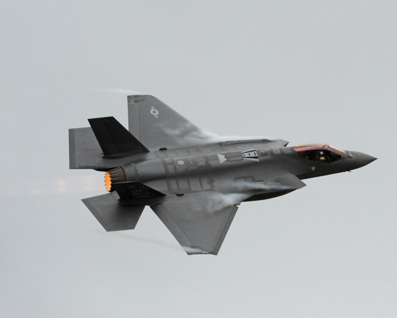 China and Russia could destroy F-35 battle