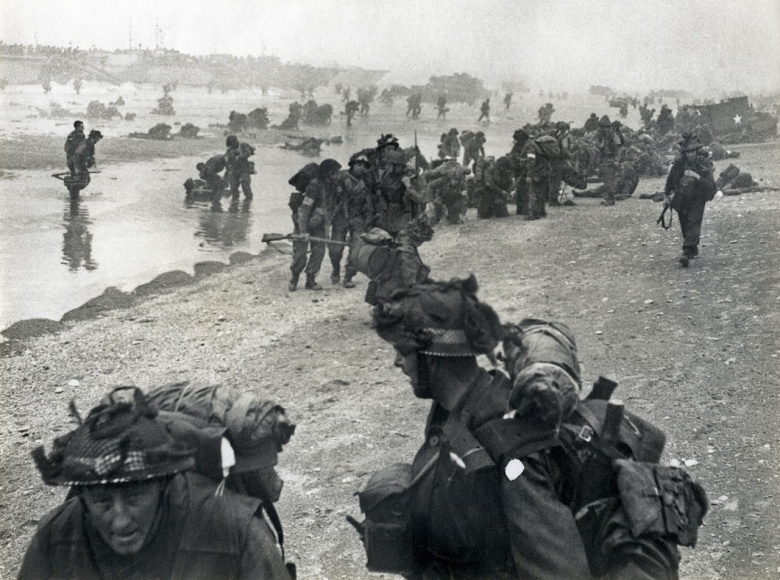D Day Real Pictures The Real Lesson of D-D...