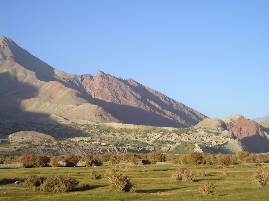 Mountains in Kuran Wa Munjan, Afghanistan. Wikimedia Commons/Falk Oberdorf