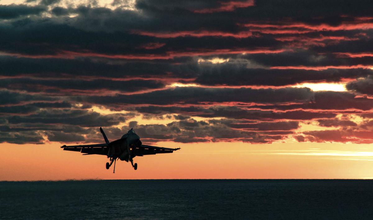 F/A-18E Super Hornet prepares to land on the flight deck of the aircraft carrier USS Dwight D. Eisenhower. Flickr/U.S. Navy