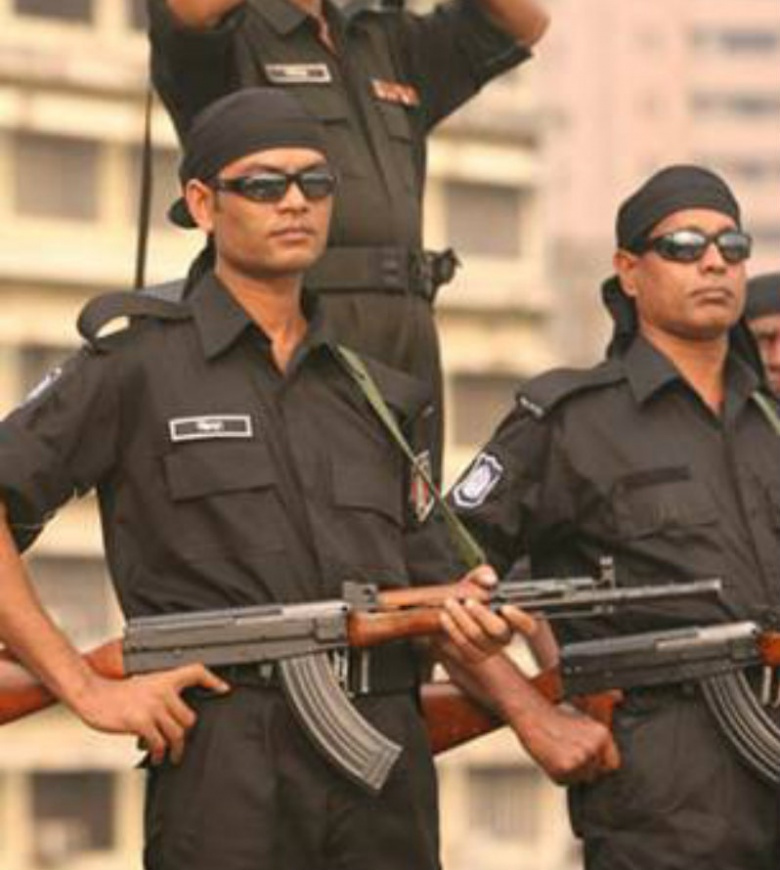 Image: Bangladeshi counterterrorism forces of the Rapid Action Battalion. Wikimedia Commons/Tanvir658. Public domain.