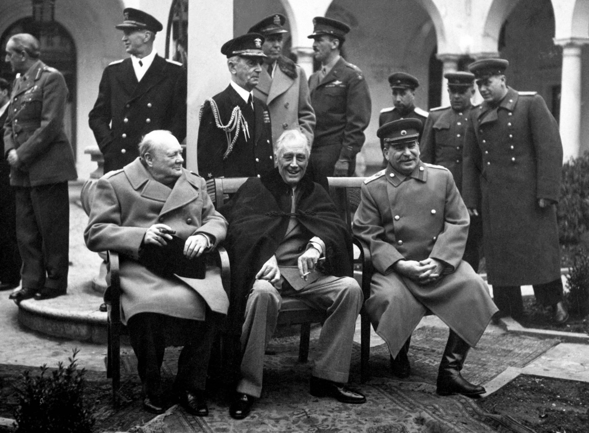 the opposition between adolf hitler and joseph stalin in the period leading to world war ii Both stalin and hilter hated each other during the interbellum period leading up adolf hitler what was stalin and hitler's in world world ii, stalin.