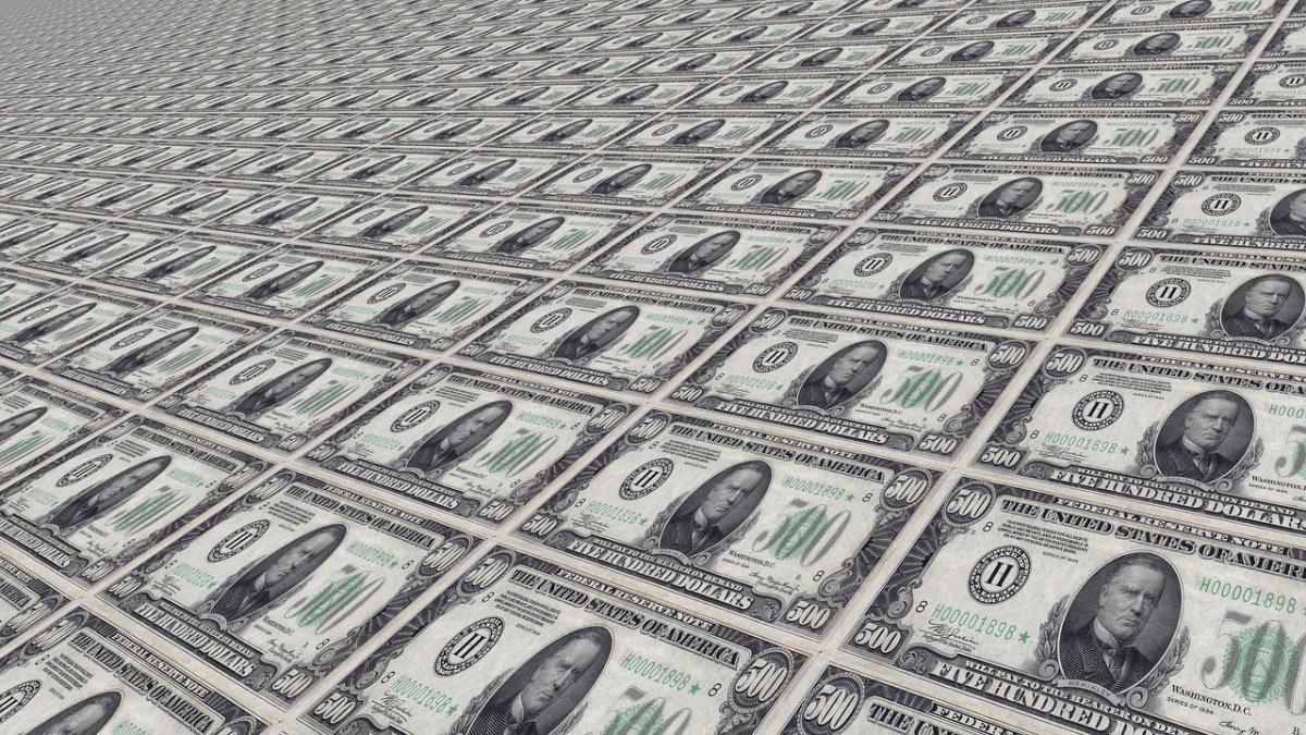 Uncut $500 bills. Pixabay/Public domain