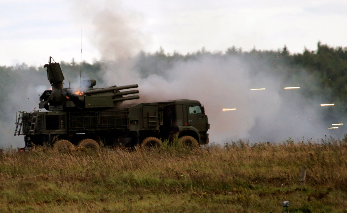 """A Russian Pantsir-S1 missile and artillery weapon system fires during a demonstration at the international military-technical forum """"ARMY-2016"""" in Moscow region, Russia"""