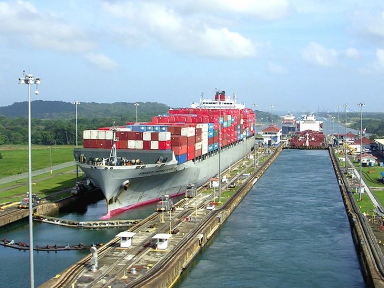 Panama Canal. Flickr/Creative Commons/Roger W