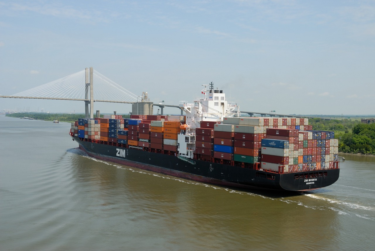 Cargo ship in Savannah, Georgia. Pixabay/Public domain