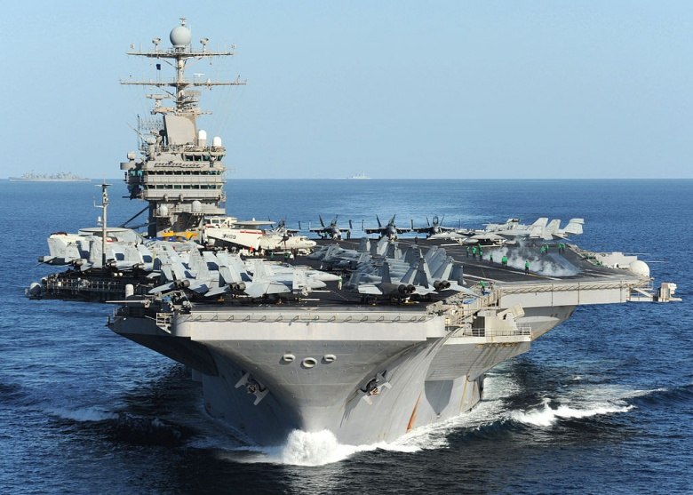 USS Abraham Lincoln underway in the Arabian Sea. Wikimedia Commons/U.S. Navy
