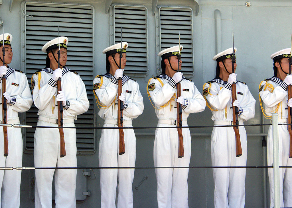 Sailors aboard the Chinese Navy destroyer Qingdao. Wikimedia Commons/Creative Commons/U.S. navy