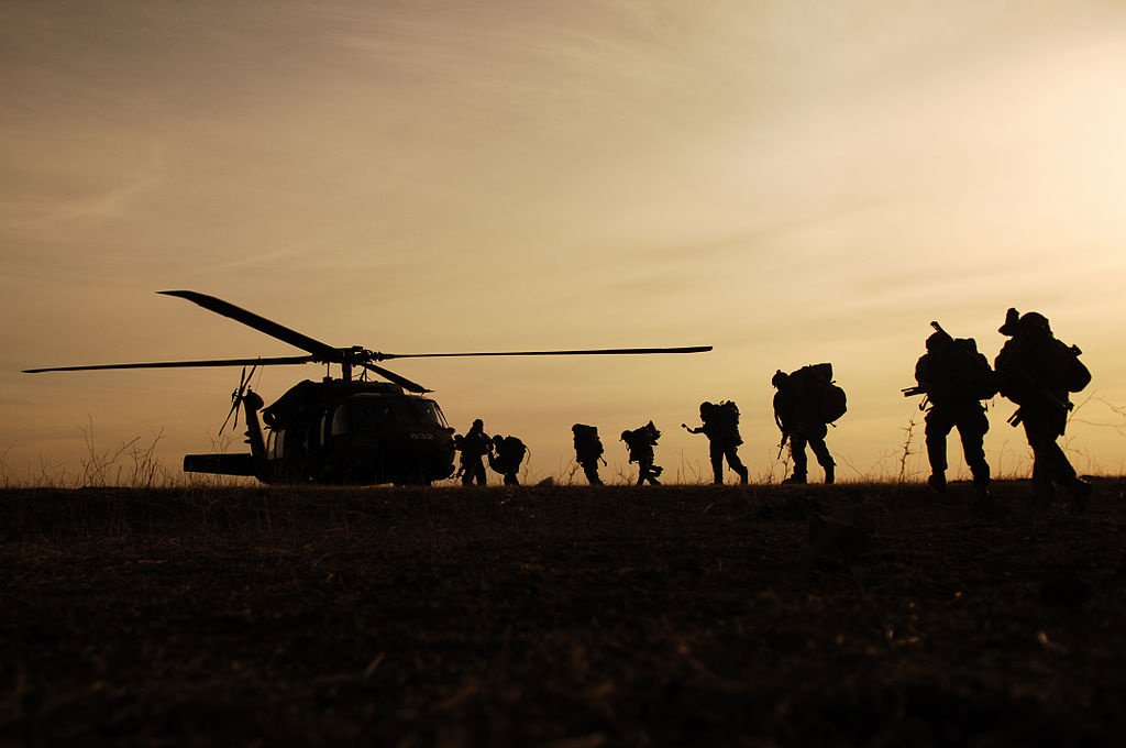 The IDF Paratroopers Brigade training in the Golan Heights. Wikimedia Commons/Israel Defense Forces