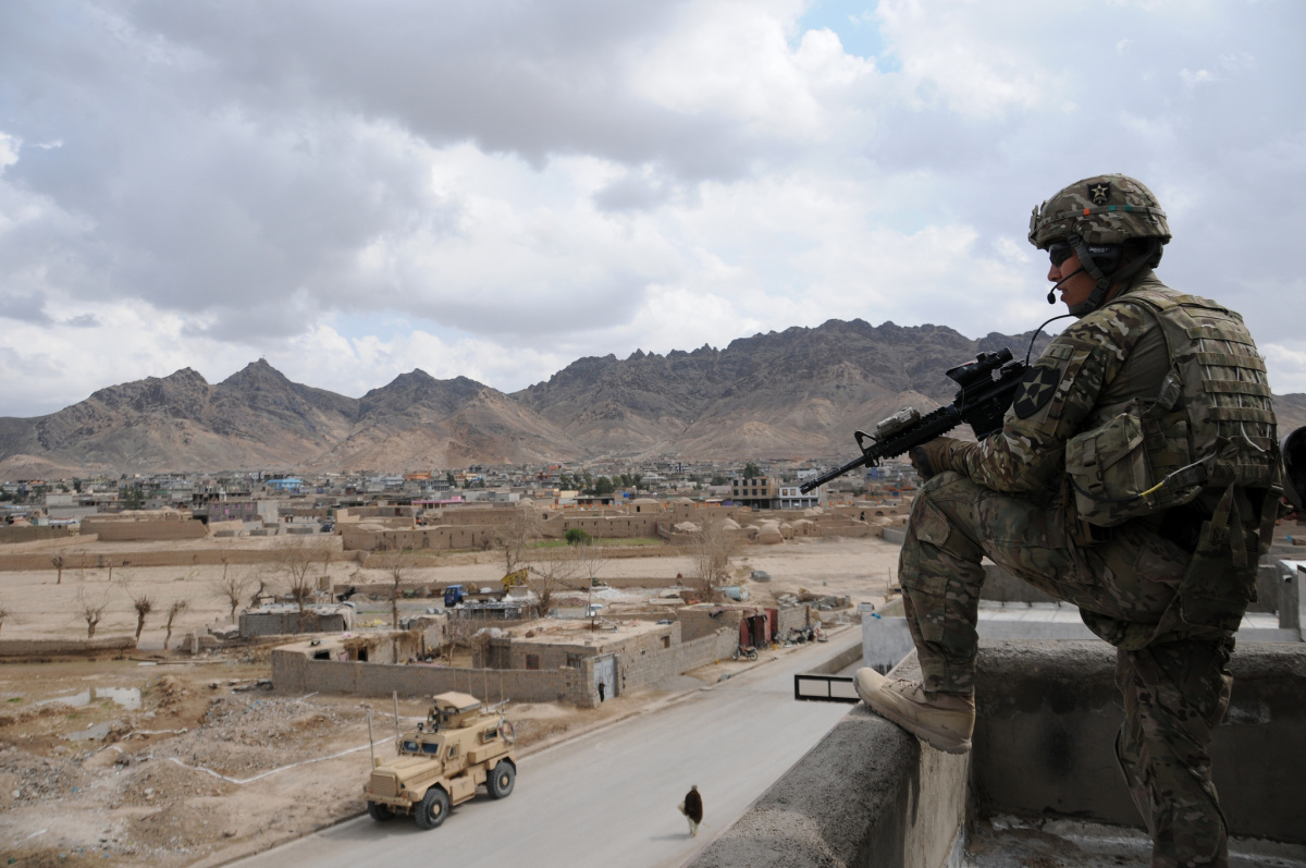 U.S. Army provides security in Farah, Afghanistan. Flickr/Department of Defense