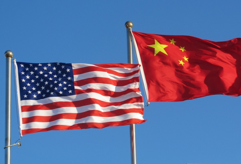 U.S. and Chinese flags at China's CDC. Flickr/CDC Global