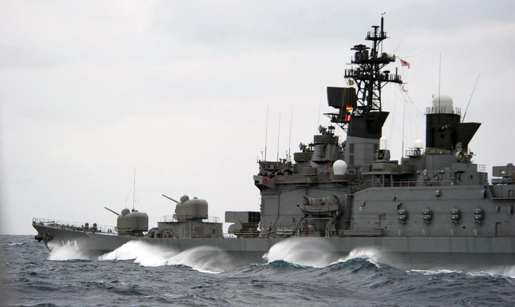 Japan Maritime Self-Defense Force destroyer JS Kurama underway in the Pacific. Flickr/U.S. Navy