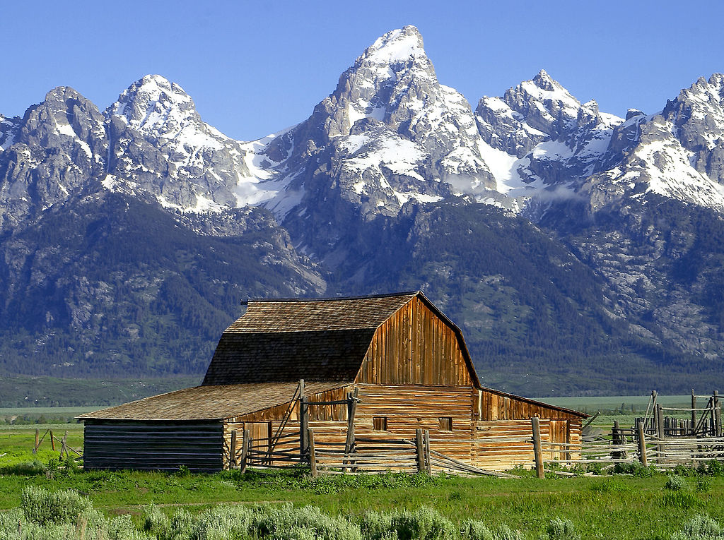 John Moulton Barn, Grand Tetons, Wyoming. Wikimedia Commons/Creative Commons/Jon Sullivan, PD Photo