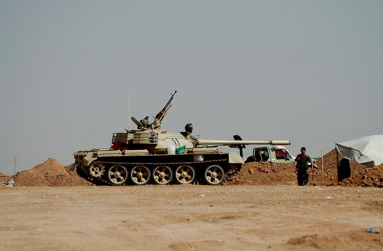 A peshmerga tank engaged near ISIS territory, south of Kirkuk. Wikimedia Commons/Enno Lenze