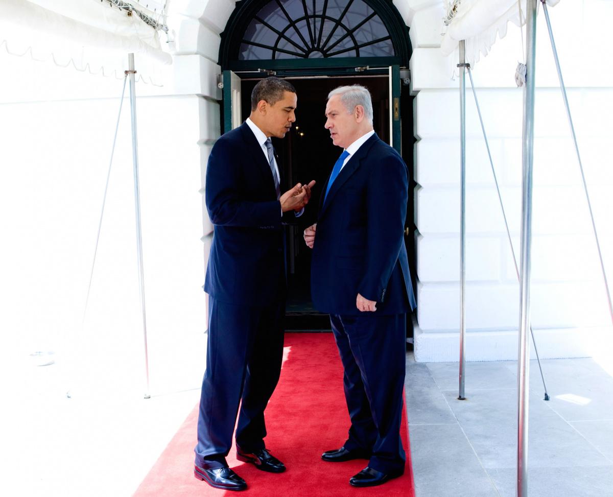 President Barack Obama talks with Israeli Prime Minister Benjamin Netanyahu on May 18, 2009. Flickr/The White House