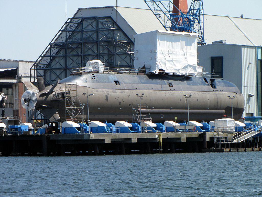 Dolphin II–class submarine INS Tanin at the HDW shipyard in Kiel. Wikimedia Commons/Creative Commons/Marco Kuntzsch