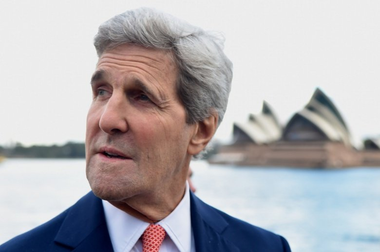 U.S. Secretary of State John Kerry stops in front of the Sydney Opera House in Sydney, Australia. Flickr/Department of State