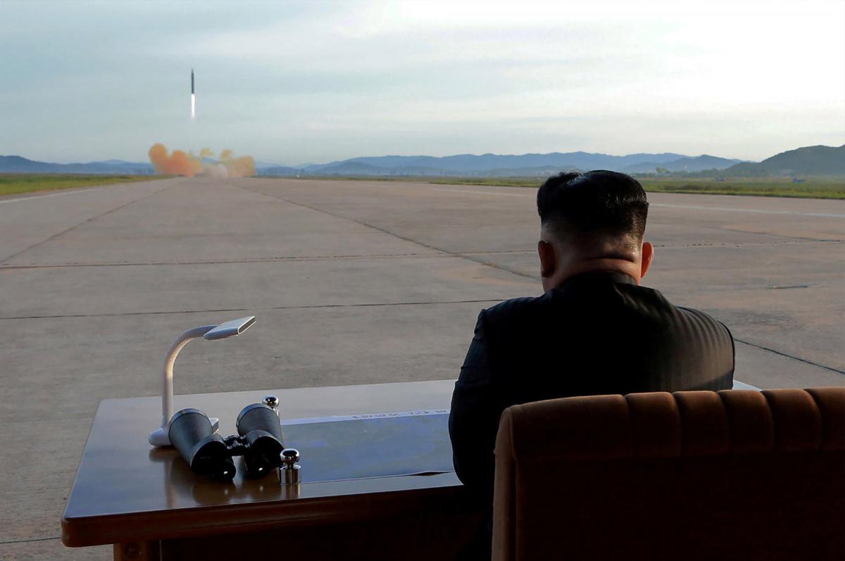 Kim Jong Un, pimpinan Koera Utara dituduh  memiliki senjata nuklir.