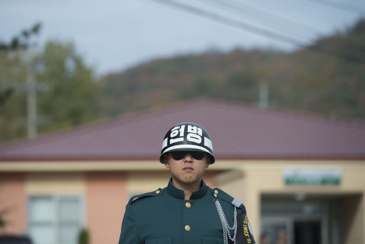 A Republic of Korea Army soldier guards the Korean Demilitarized Zone. Flickr/Ash Carter