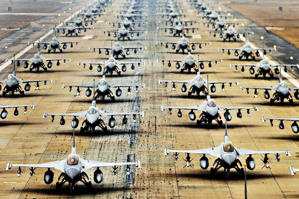 F-16 Fighting Falcons during an exercise at Kunsan Air Base, South Korea. Wikimedia Commons/Defense.gov