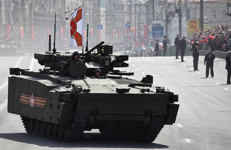 Россия надеется, что ее новая супер боевая машина будут управлять полем битвы