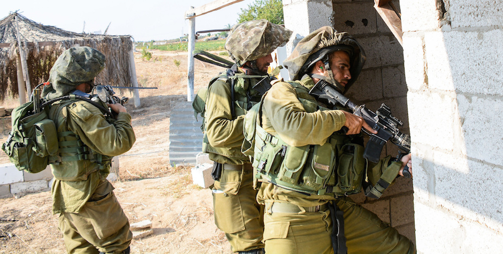IDF paratroopers in the Gaza Strip. Flickr/Israel Defense Forces