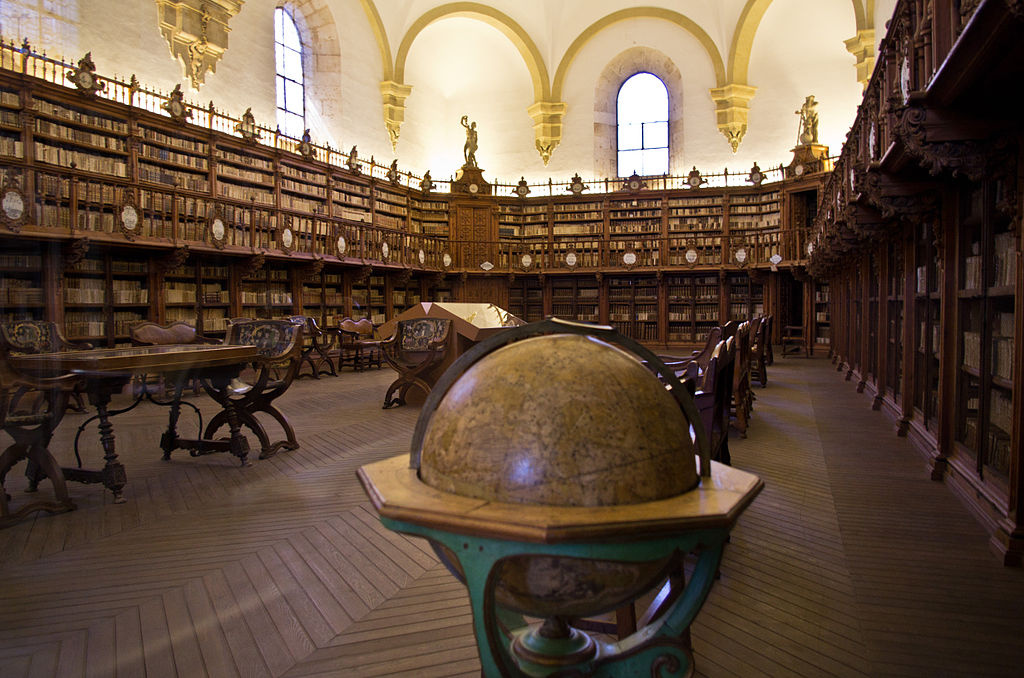 Old Library at the University of Salamanca. Wikimedia Commons/Creative Commons/Antoine Taveneaux