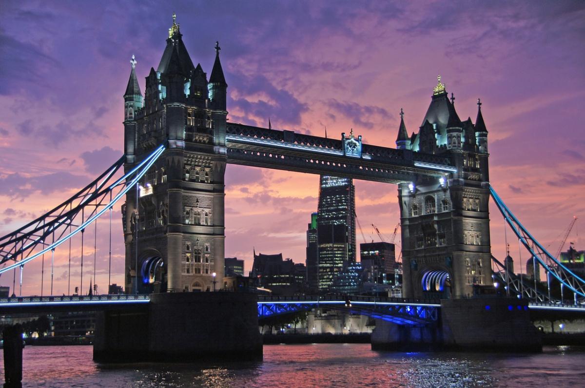 Tower Bridge in London at dusk. Pixabay/Public domain