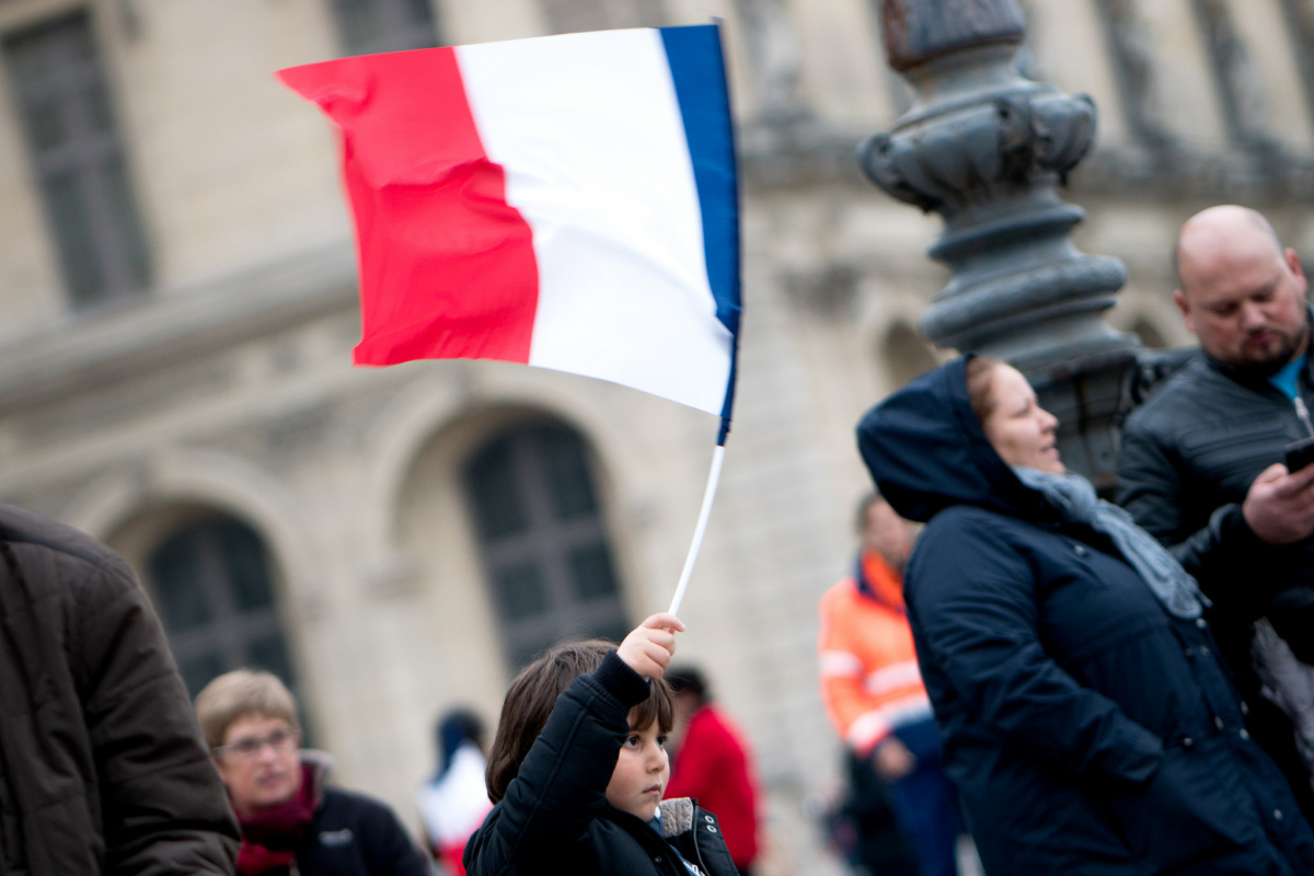 Celebrations for Macron's victory at the Louvre. Flickr/Creative Commons/Lorie Shaull