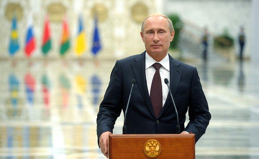 Vladimir Putin answers journalists' questions following a working visit to Belarus. Kremlin.ru