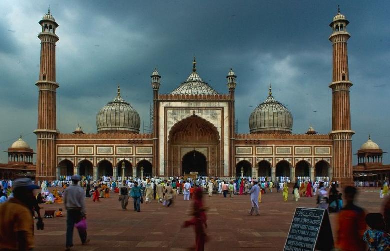 The Jama Masjid of Delhi. Wikimedia Commons/Shashwat Nagpal.