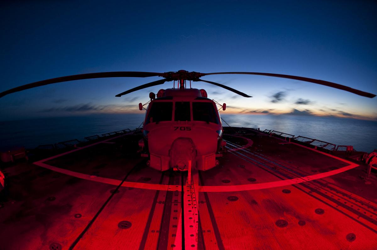 An SH-60B Seahawk helicopter on the flight deck of USS Cowpens. Flickr/U.S. Seventh Fleet