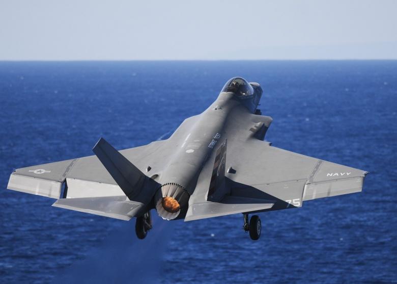 F-35 in flight. Pixabay/Public domain